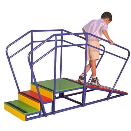 Escalera infantil con pasamanos mas accesible - Escalera cama infantil ...